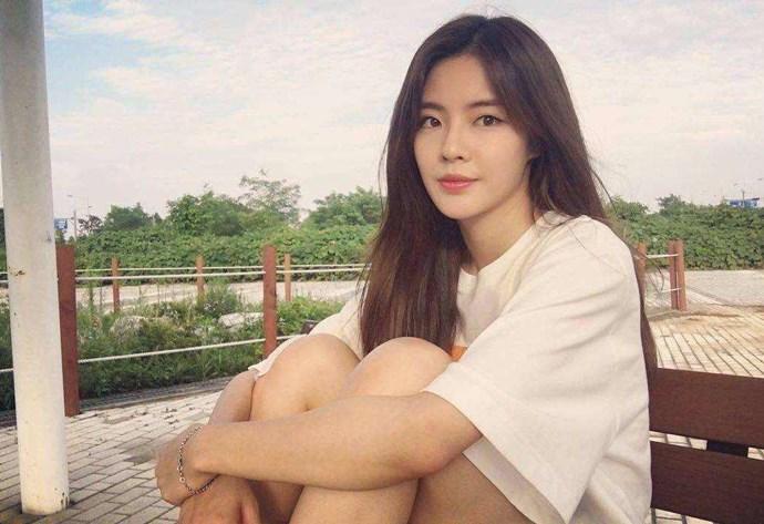 李先彬在节目中和李光洙生情,成为李光洙女友