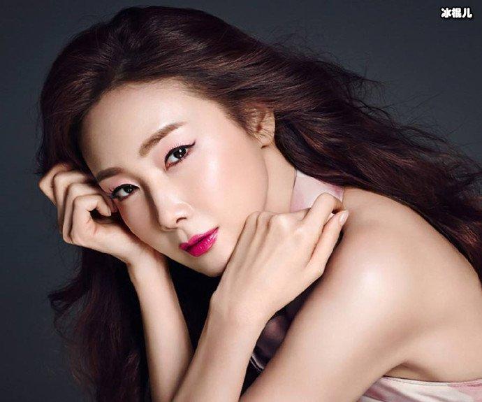 女神崔智友惊喜客串《爱的迫降》